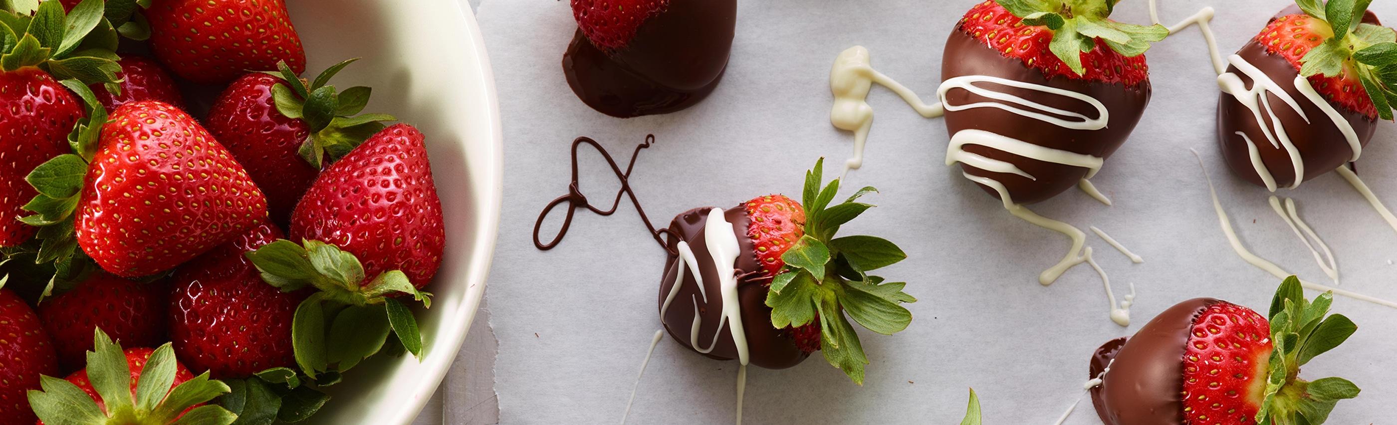 Hershey's Niagara Falls Chocolate Covered Strawberries